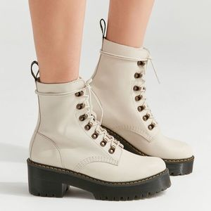 Dr. Martens Leona boots in bone